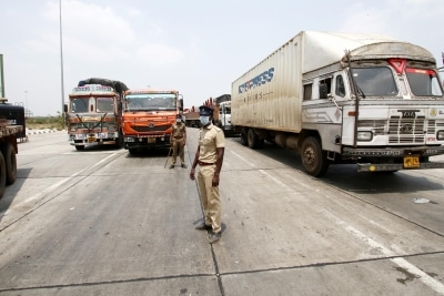 The Great Escape By 225 Migrants In Containers From Telangana To Rajasthan Ians Exclusive