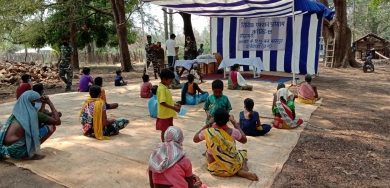Photo of CRPF helps tribals in Maoist bastion of Abujmarh fight Covid-19 (IANS Special)