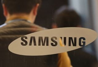 Photo of Samsung India reopening exclusive brand stores.