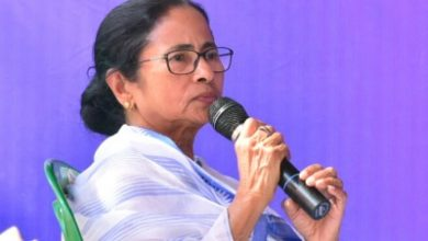 Bengal Cm Urges Centre To Give Rs 10000 Each To Migrants