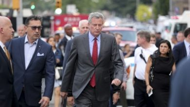 Photo of NYC mayor considers potential curfew to curb violent protests