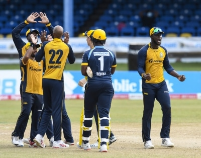 Cpl Spinners Win It For Zouks Pooran Shines In Warriors Victory