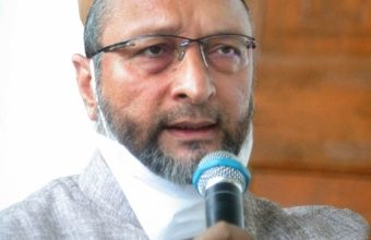 Photo of Owaisi urges KCR to rebuild demolished mosques in Secretariat