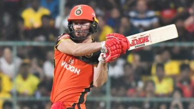 Photo of Easy to follow when you have a captain like Kohli, says de Villiers