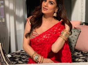 Shraddha Arya Turns Stylist For On Screen Avatar In Kundali Bhagya
