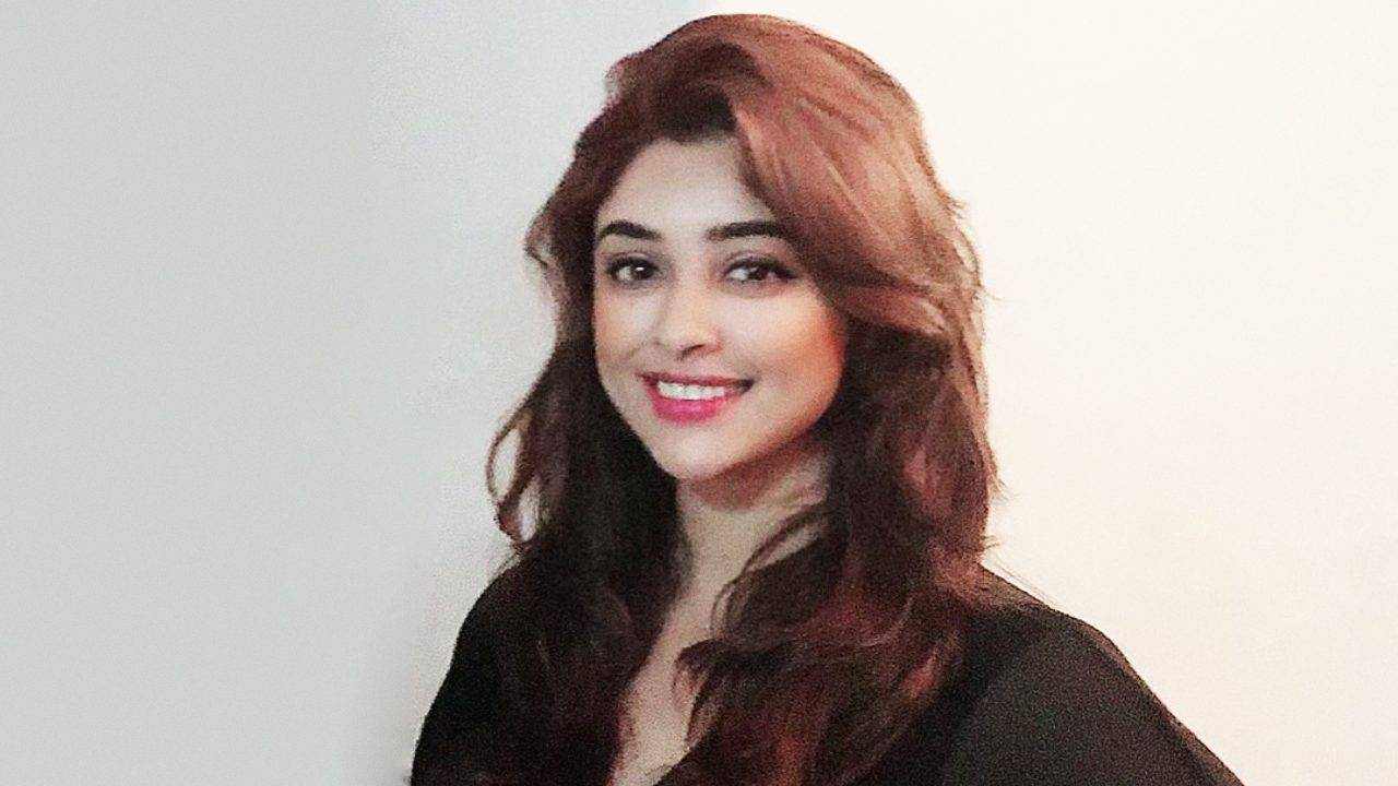Payal Ghosh Claims She Is Related To Freedom Fighters Binoy And Badal (1)